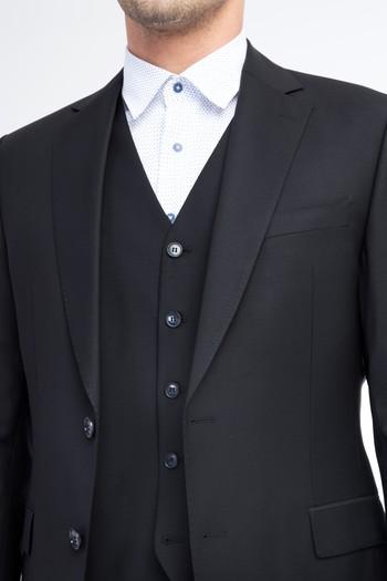 Yelekli Takım Elbise